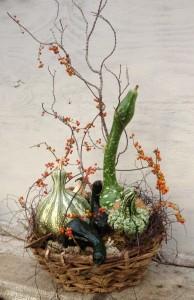 Pumpkin/gourd/bittersweet in basket