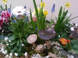 Bark Planter with Spring Bulbs